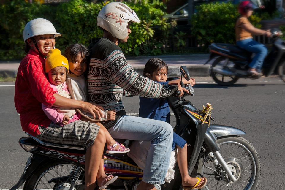 Mengapa Orang Jawa (Pelosok) Anaknya Banyak?